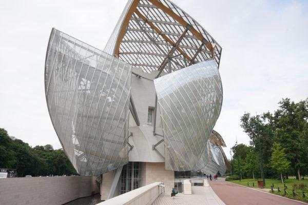 ルイヴィトン美術館