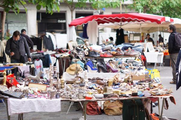 パリのアリーグル蚤の市