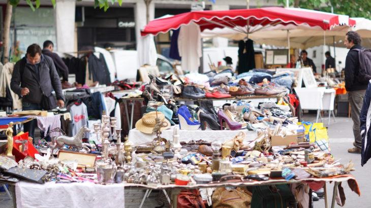 パリのアリーグル蚤の市に行ってきた!平日も開催日?何を売ってる?